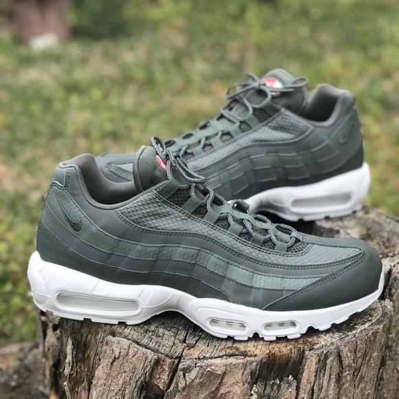 599ea2af2f260f Nike Air Max 95 Premium SE. M 5ab810f446aa7c6e93eef1d4